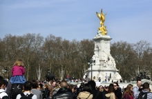 Statue of Queen Victoria outside Buckingham Palace